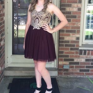 Homecoming dress strapless size 5 burgundy & gold